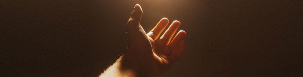 mano pidiendo paz cristo jesus